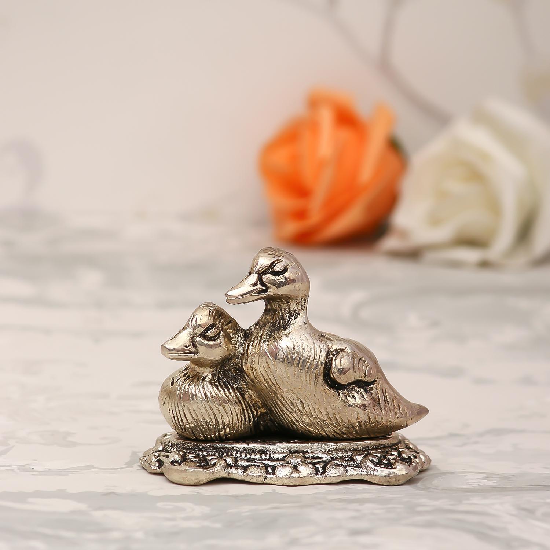 Set Of 2 Loving Metal Swans Indian Home Decor