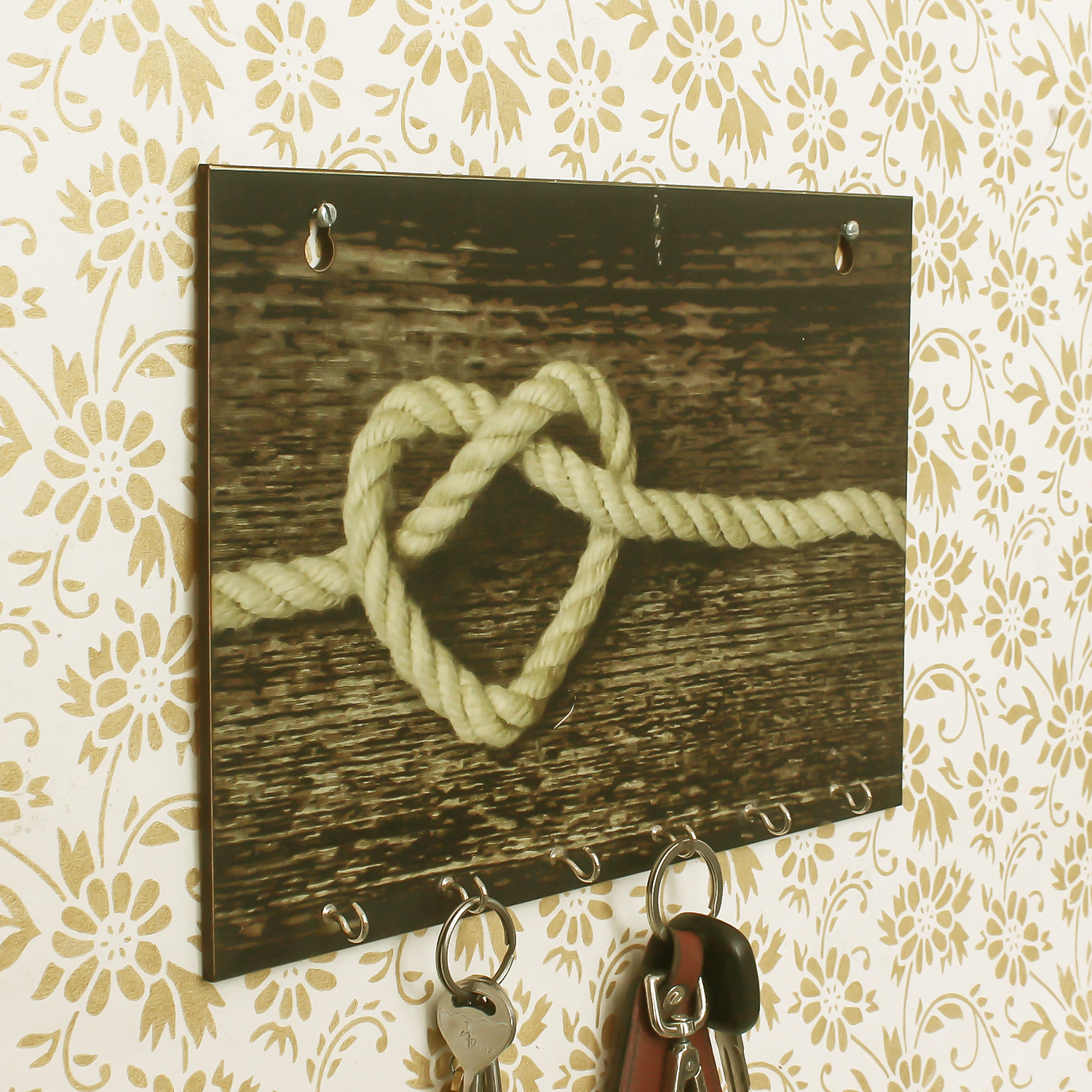Heart made of Rope Theme Wooden Key Holder with 6 Hooks Indian Home Decor
