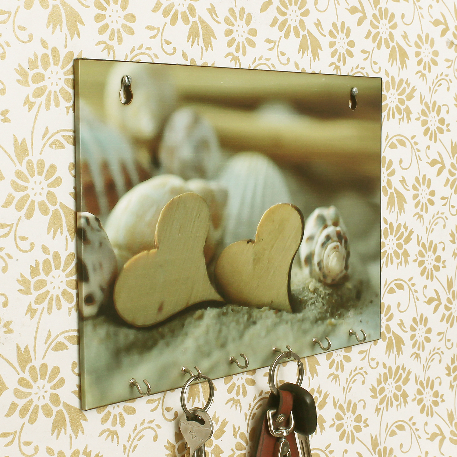 Heart Shells Theme Wooden Key Holder with 6 Hooks Indian Home Decor