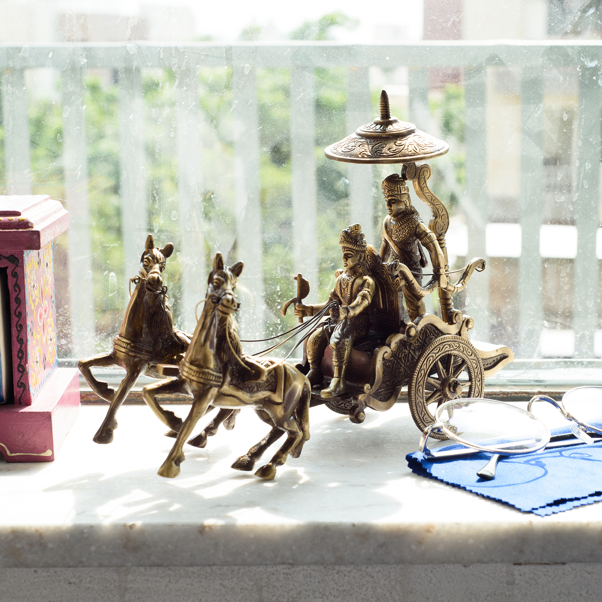 Brass Krishna Arjuna Rath Antique Showpiece Indian Home Decor
