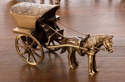 Brass Antique Finish Horse Carriage Showpiece Indian Home Decor