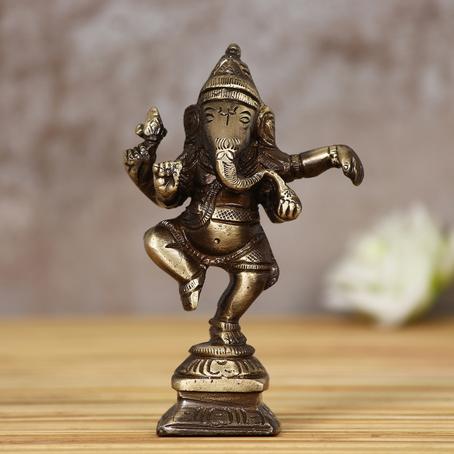 Brass Dancing Lord Ganesha Antique Showpiece Indian Home Decor