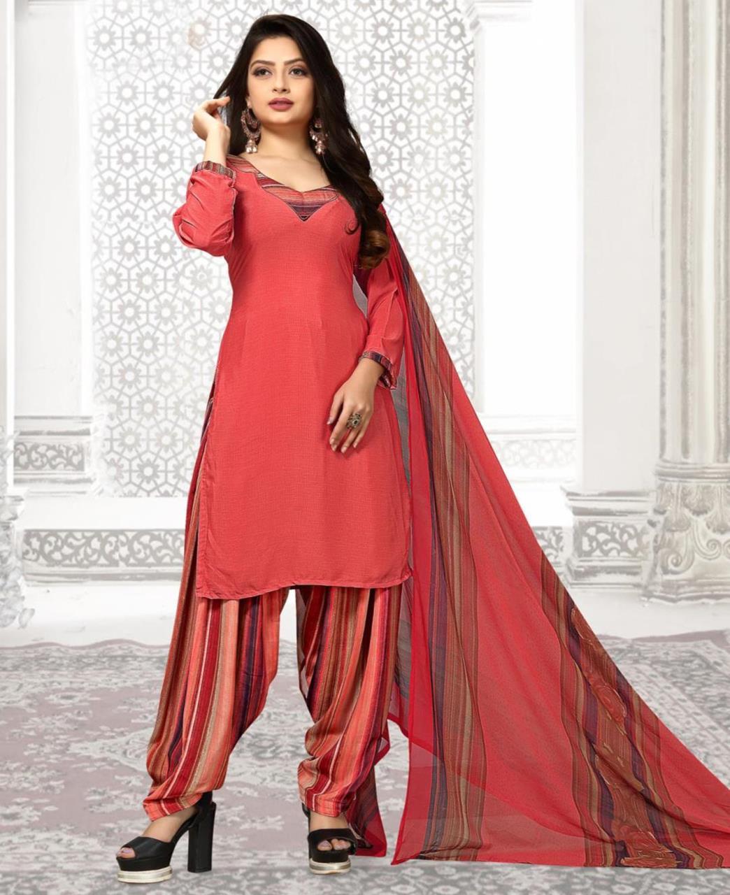 Printed Georgette Straight cut Salwar Kameez in Red