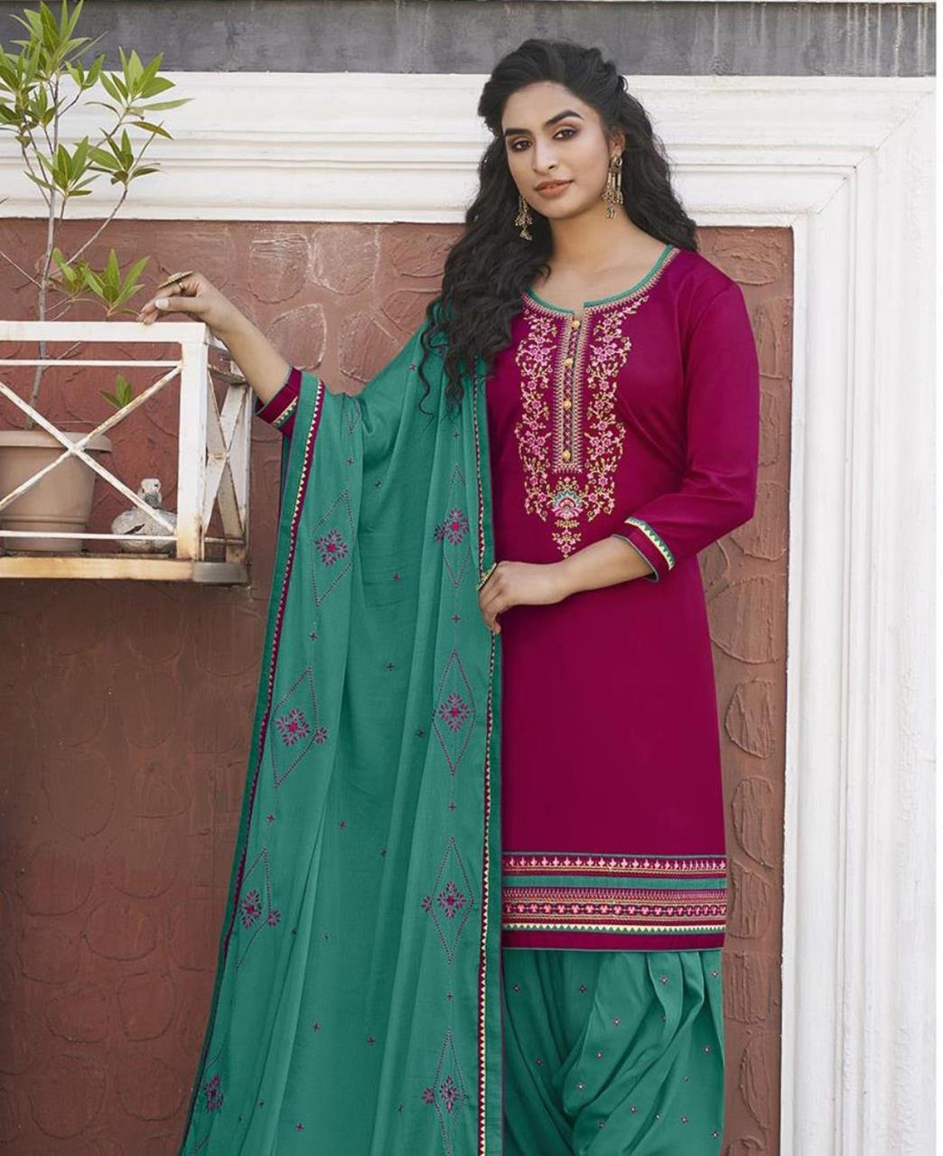 Zari Cotton Patiyala Suit Salwar in Dark Magenta
