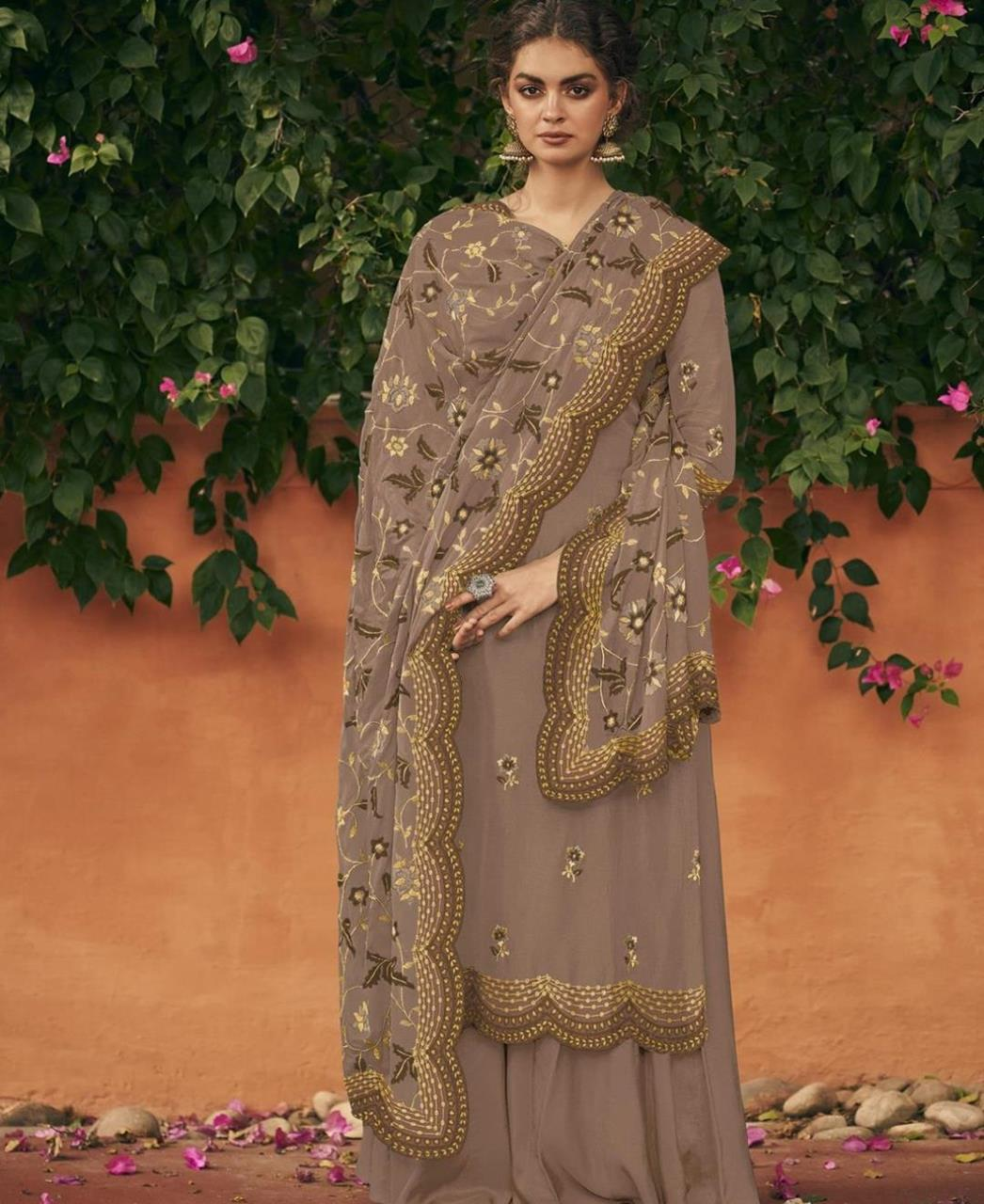 Thread Silk Straight cut Salwar Kameez in Mauve Grey