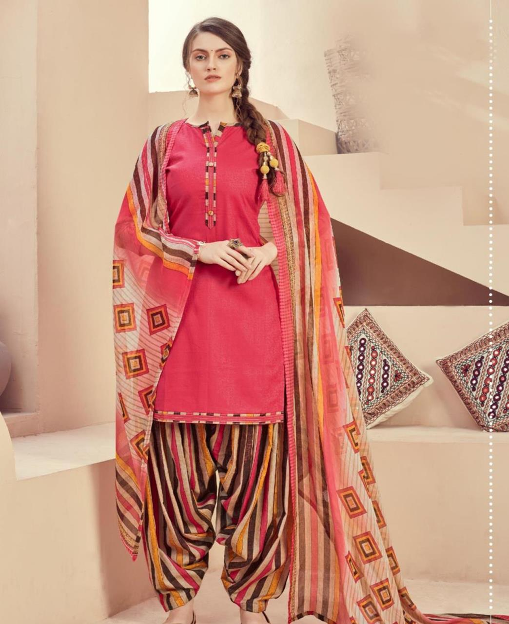 Printed Cotton Patiyala Suit Salwar in Pink