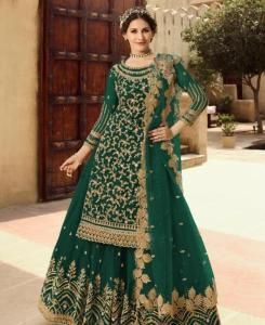 Embroidered Net Straight cut Salwar Kameez in Green