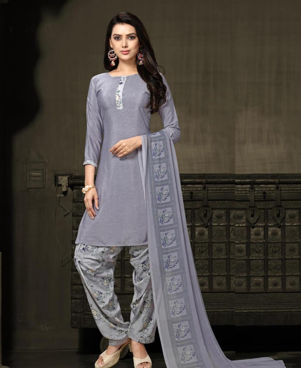 Printed Georgette Straight cut Salwar Kameez in Grey