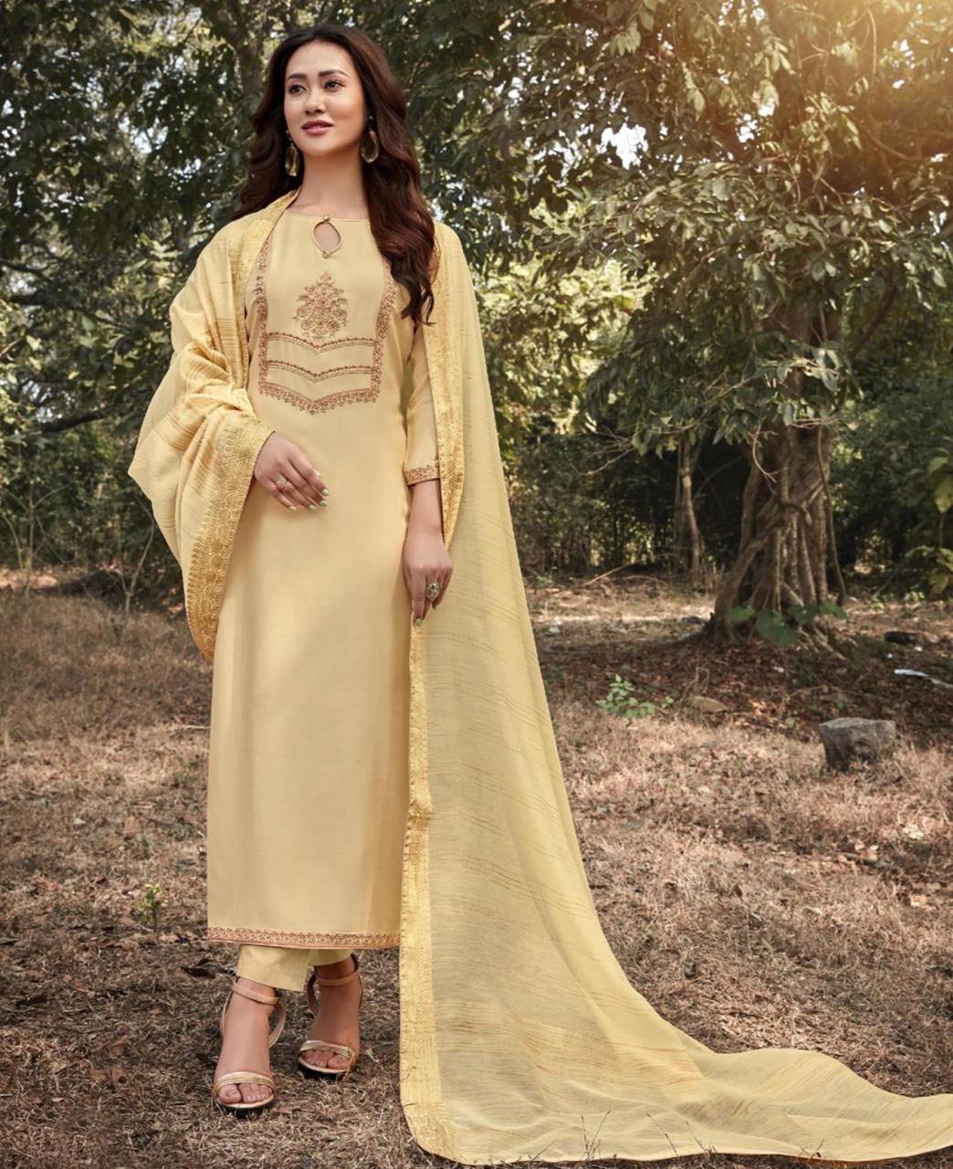 Zari Cotton Straight cut Salwar Kameez in Cream