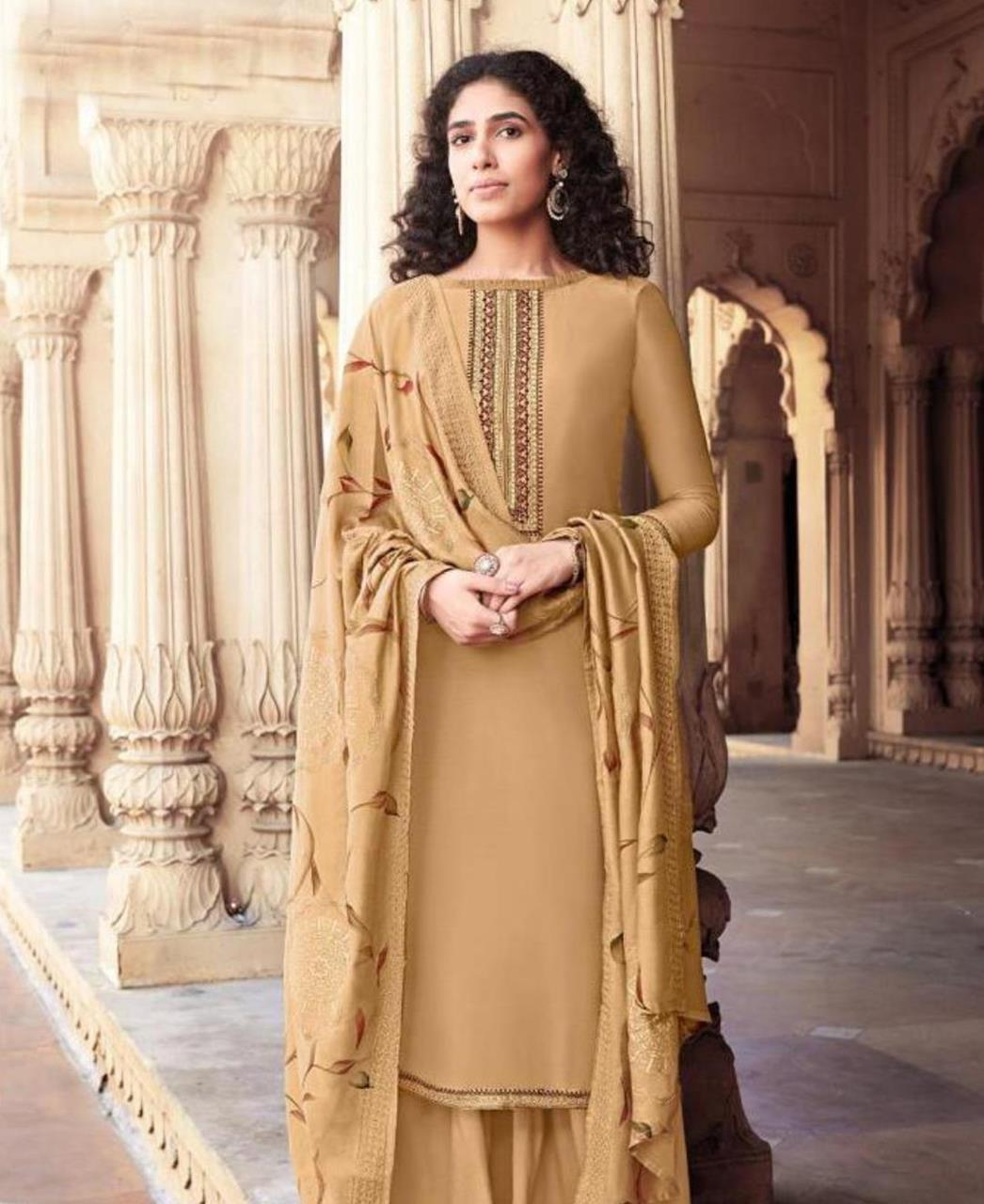 Embroidered Cotton Straight cut Salwar Kameez in Cream