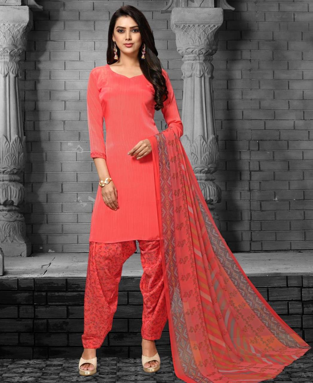 Printed Georgette Straight cut Salwar Kameez in Coral