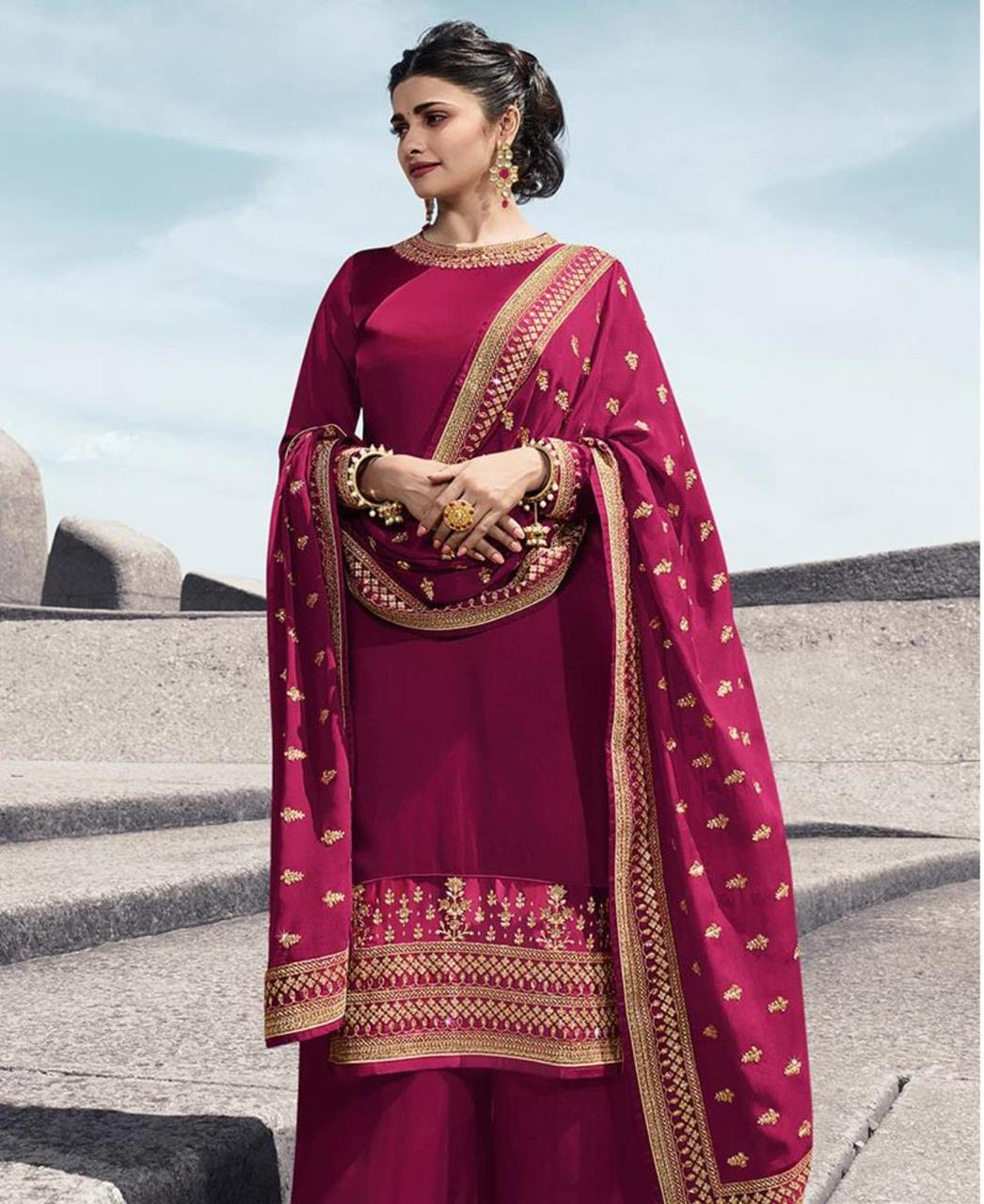 Resham Georgette Straight cut Salwar Kameez in Pink