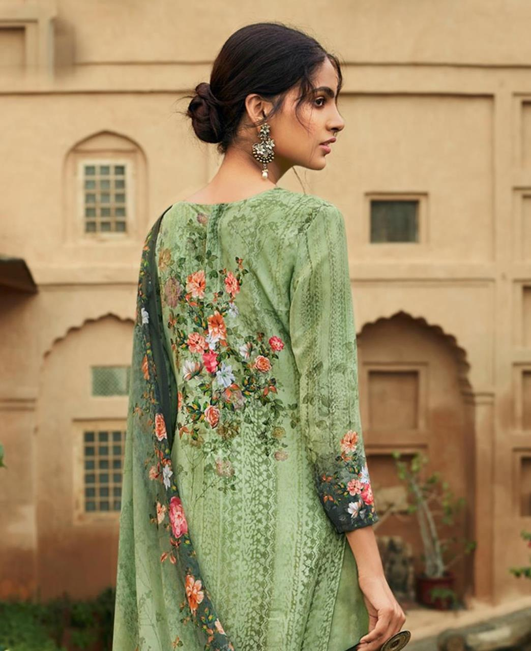 Printed Georgette Straight cut Salwar Kameez in Sea Green