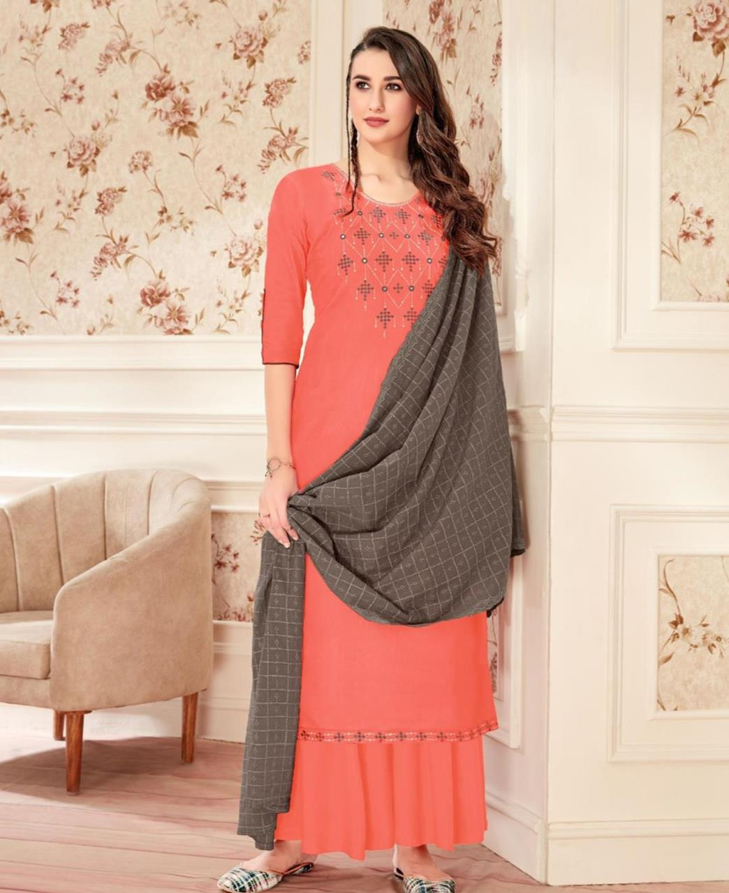 Zari Cotton Straight cut Salwar Kameez in Pink