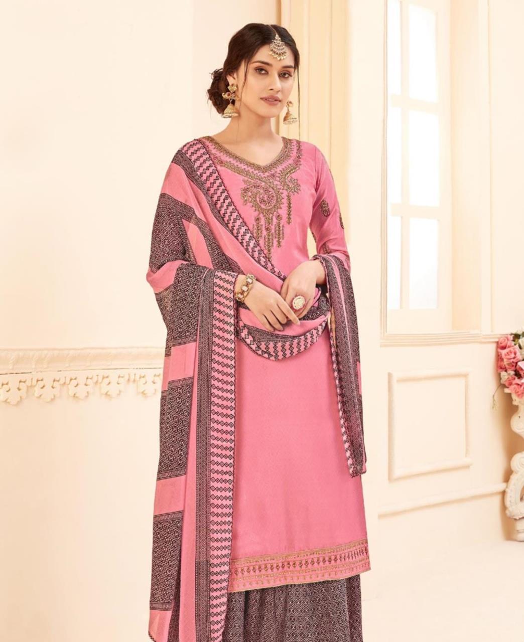 Printed Georgette Straight cut Salwar Kameez in Pink