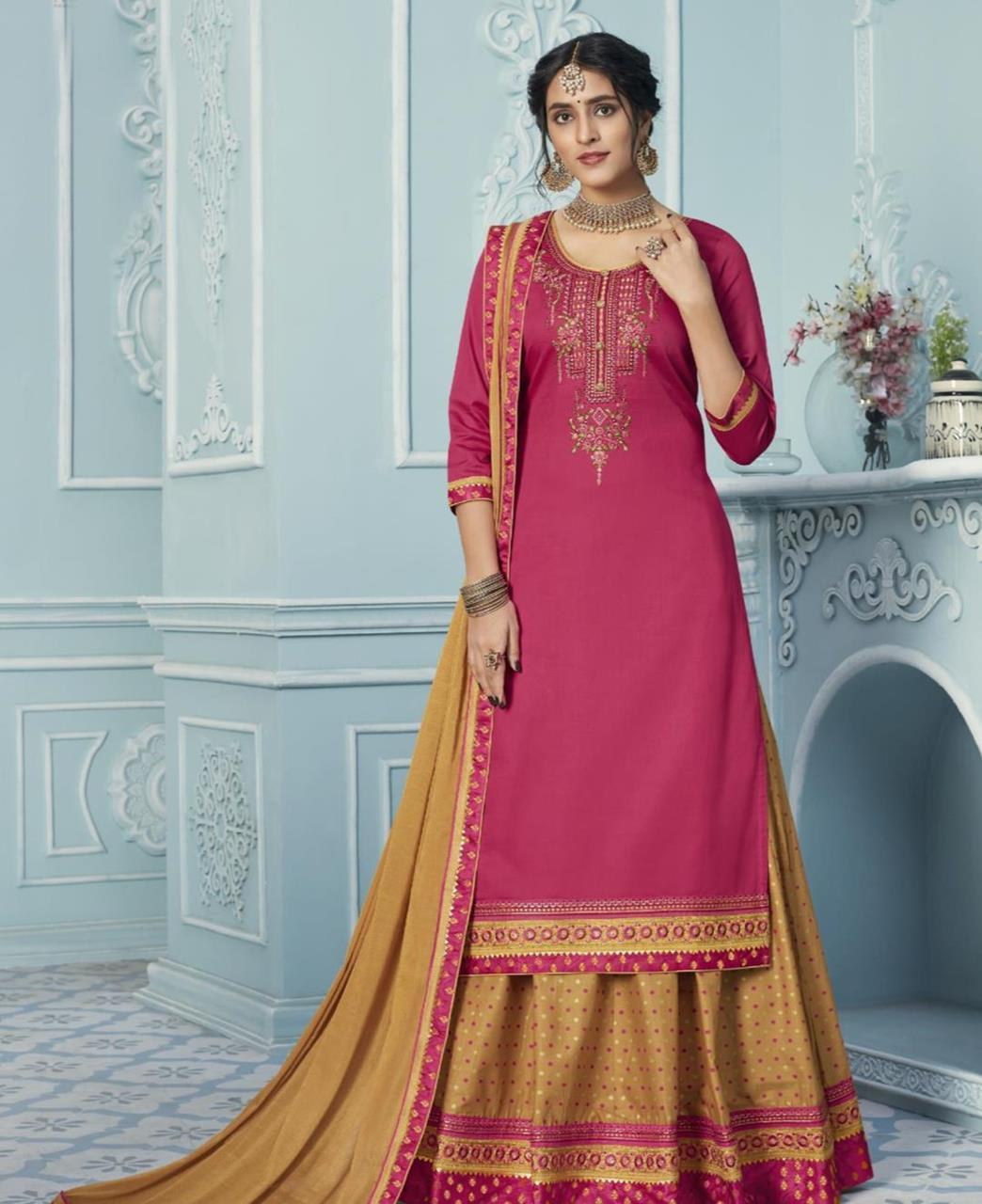 Embroidered Cotton Straight cut Salwar Kameez in Pink