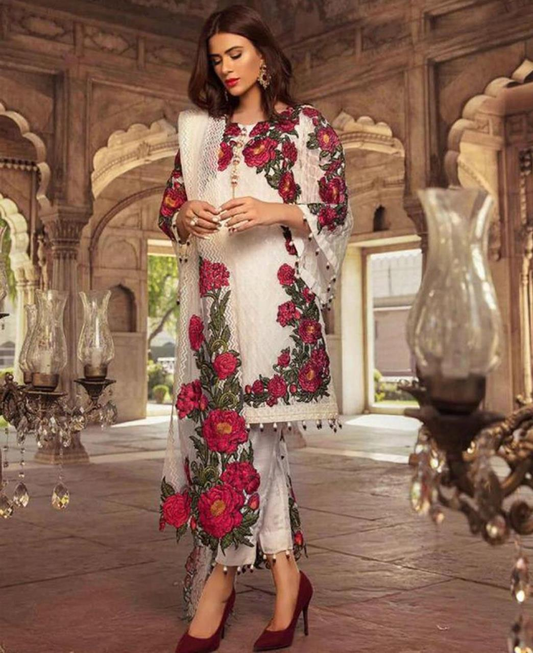 Embroidered Georgette Straight cut Salwar Kameez in Off White