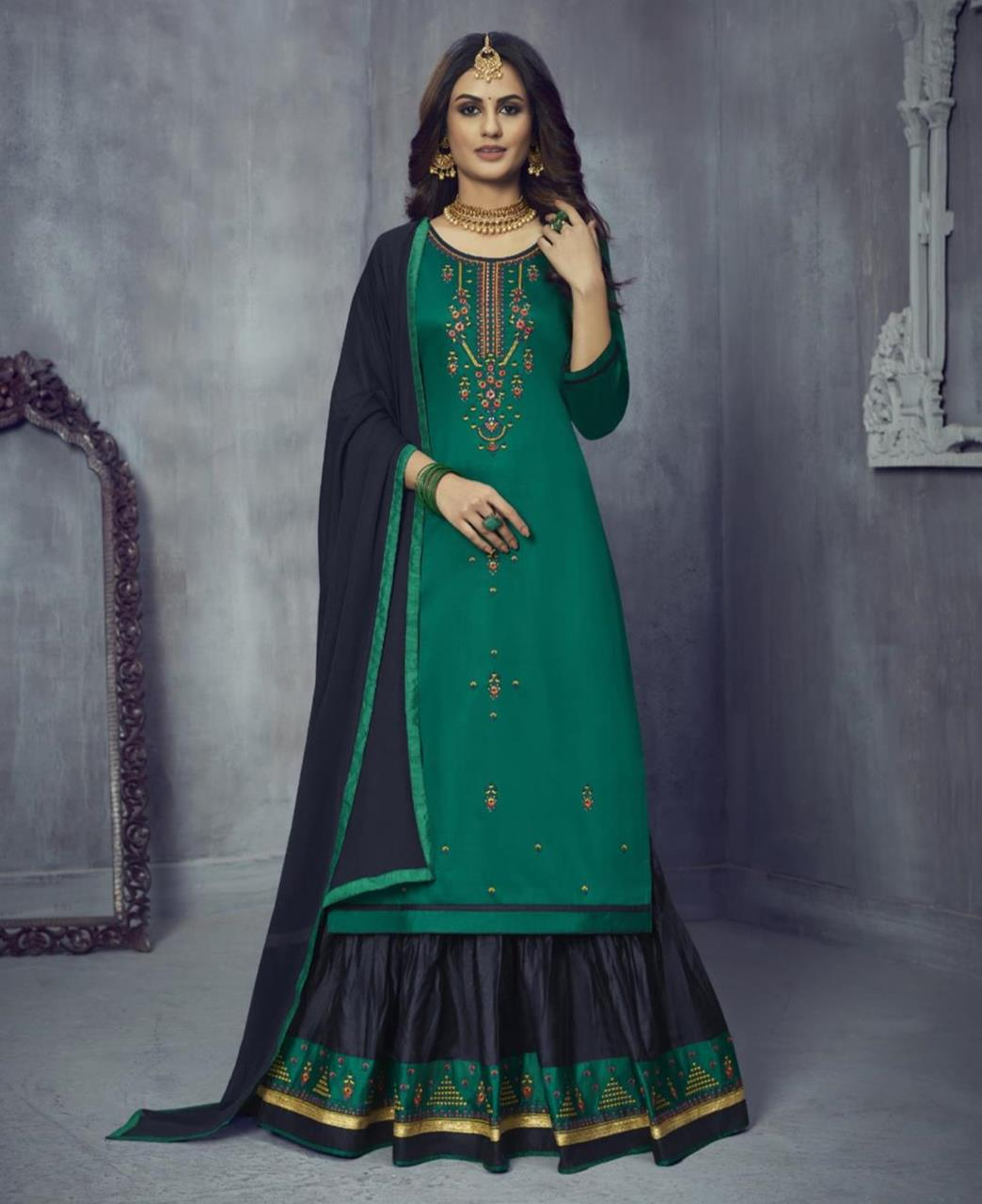 Embroidered Cotton Abaya Style Salwar in Green