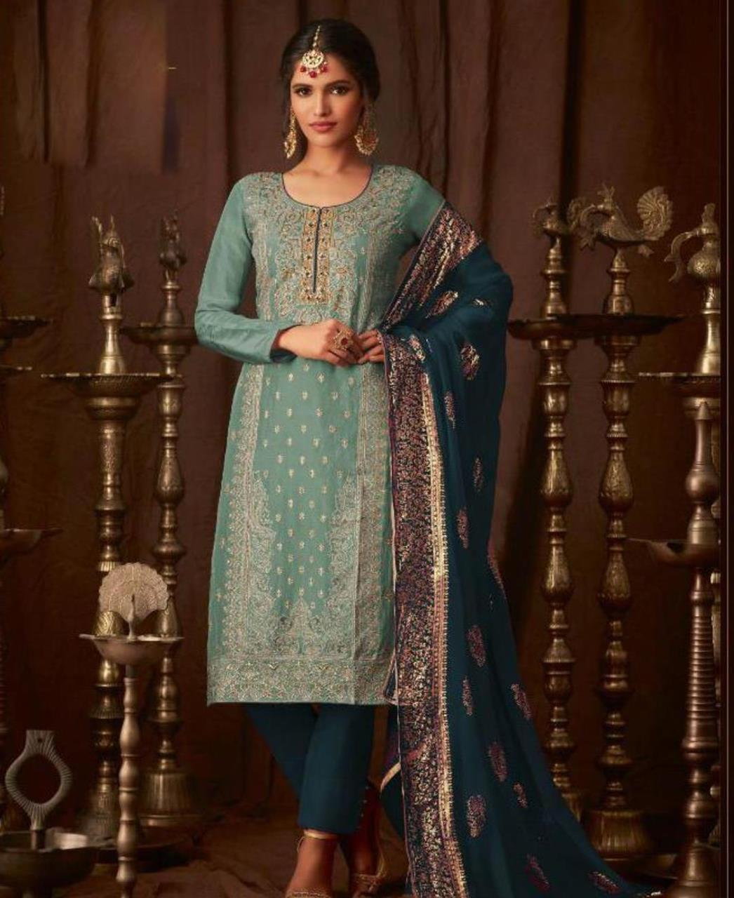 Georgette Straight cut Salwar Kameez in Teal Blue  ,  Blue