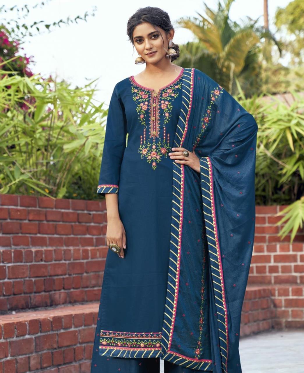 Embroidered Cotton Straight cut Salwar Kameez in Blue