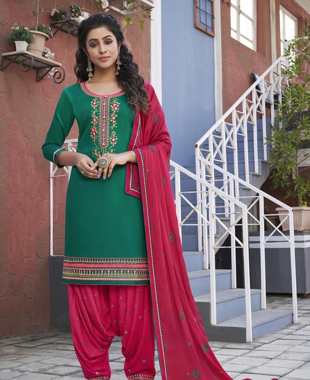 Zari Cotton Patiyala Suit Salwar in Green