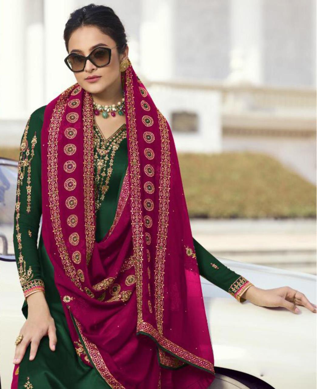 Georgette Straight cut Salwar Kameez in Green