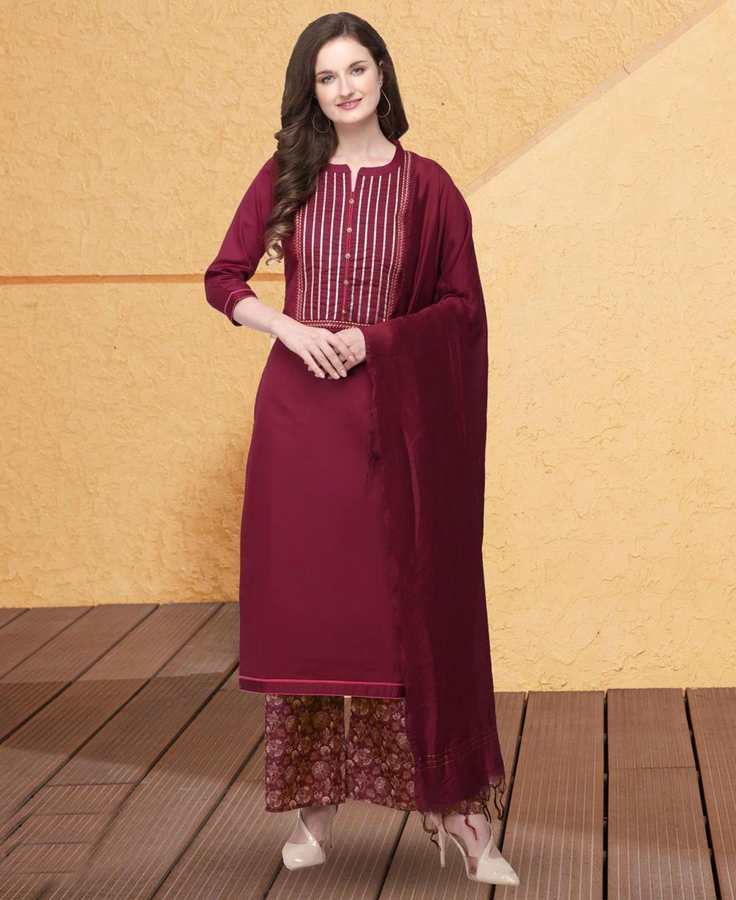 Printed Cotton Straight cut Salwar Kameez in Maroon