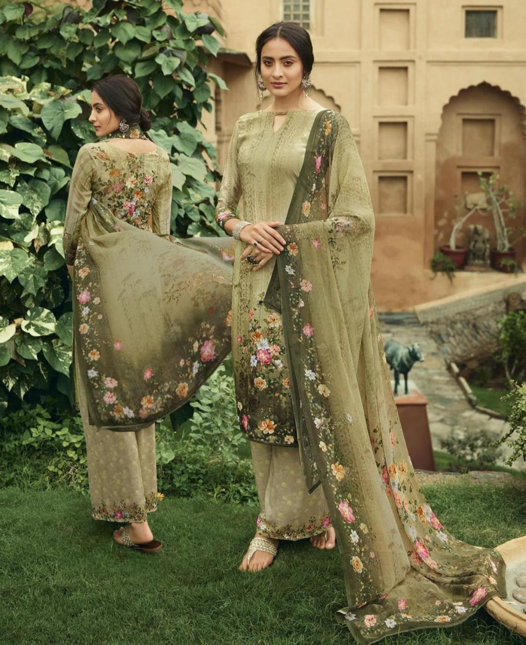 Printed Georgette Straight cut Salwar Kameez in Olive Green