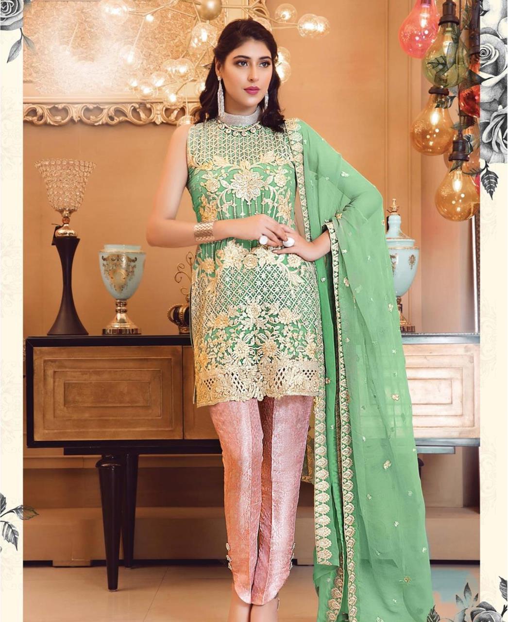 Zari Georgette Straight cut Salwar Kameez in Green
