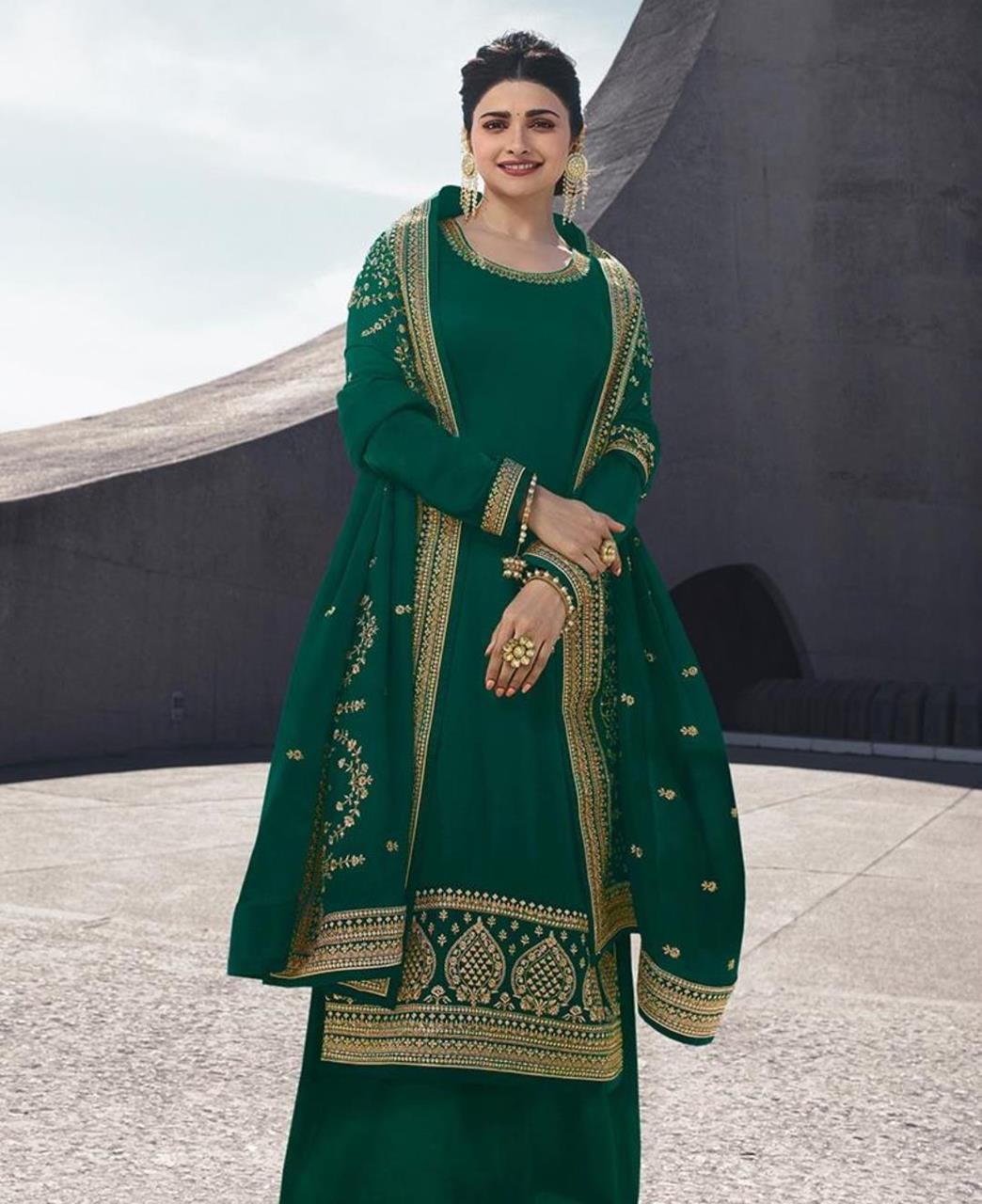 Resham Georgette Straight cut Salwar Kameez in Green