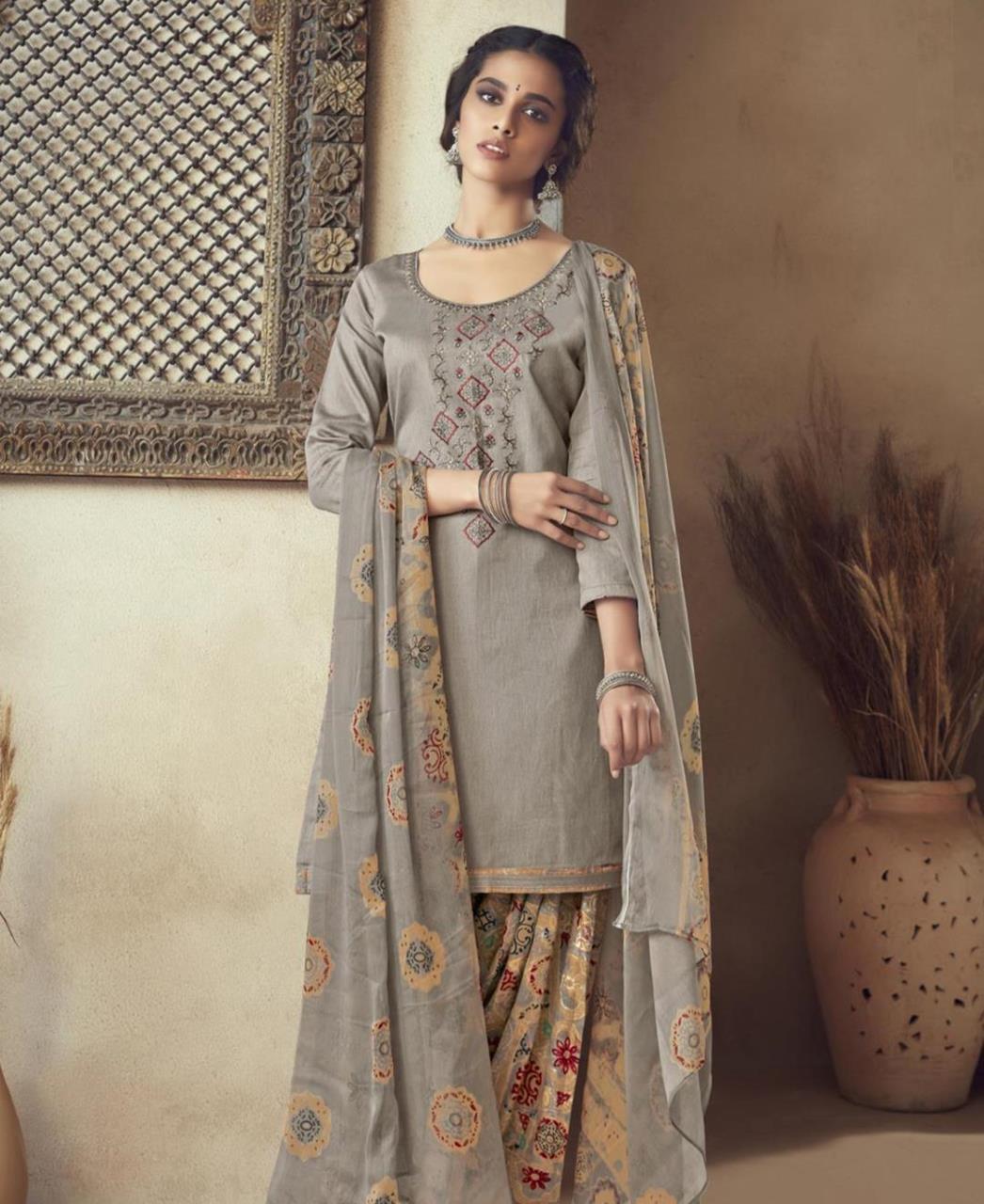 Thread Cotton Patiyala Suit Salwar in Grey