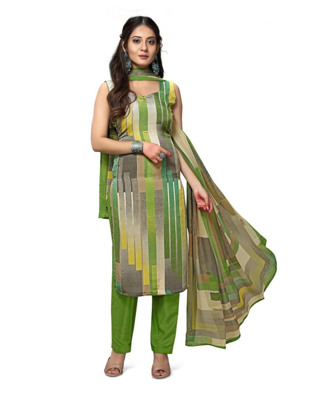 Printed Georgette Straight cut Salwar Kameez in Green