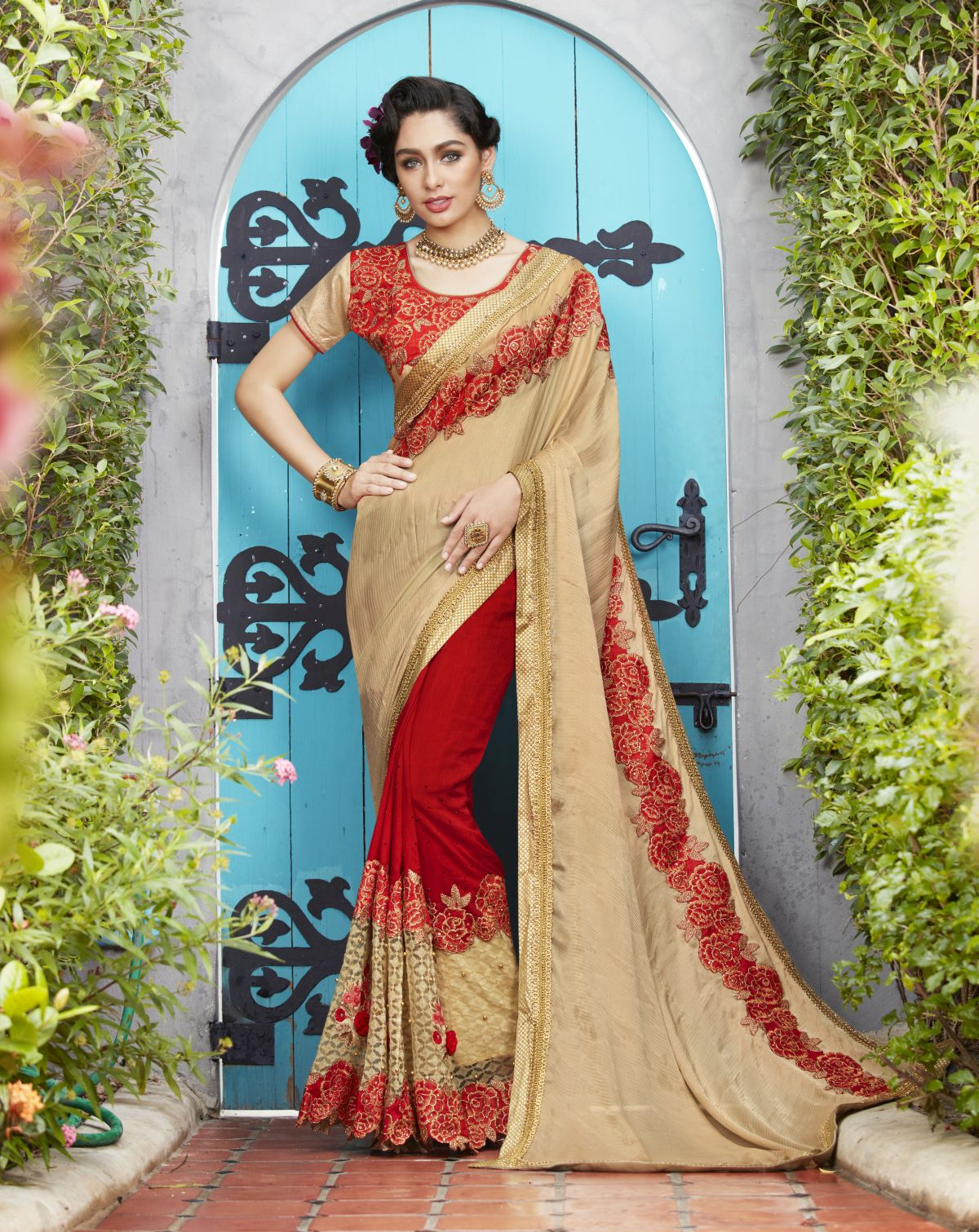 Embroidered Georgette Saree in Gold