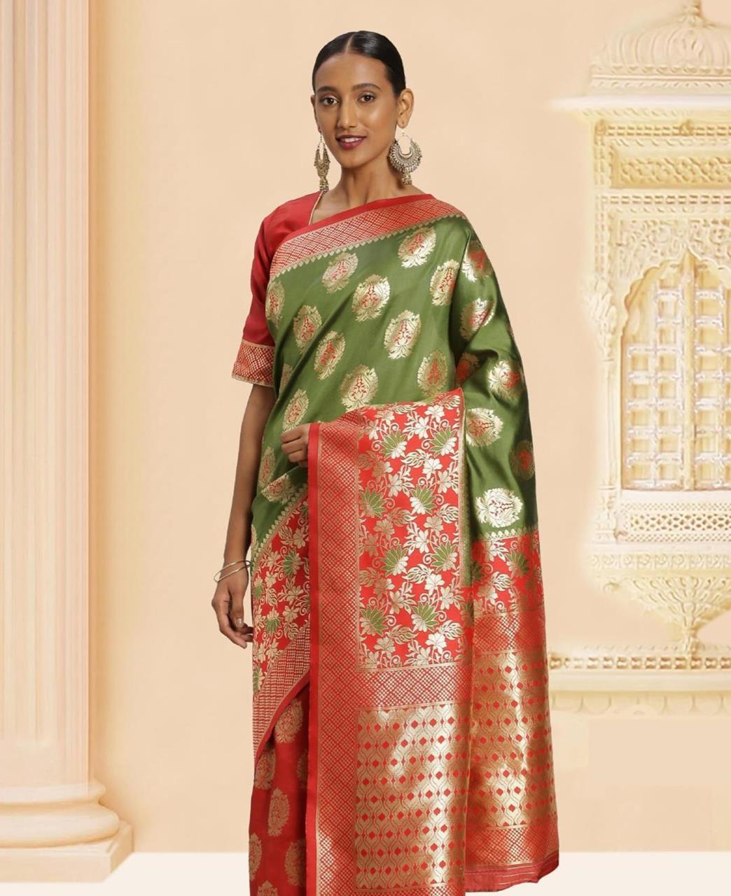 Jacquard Banarasi Silk Saree in Green