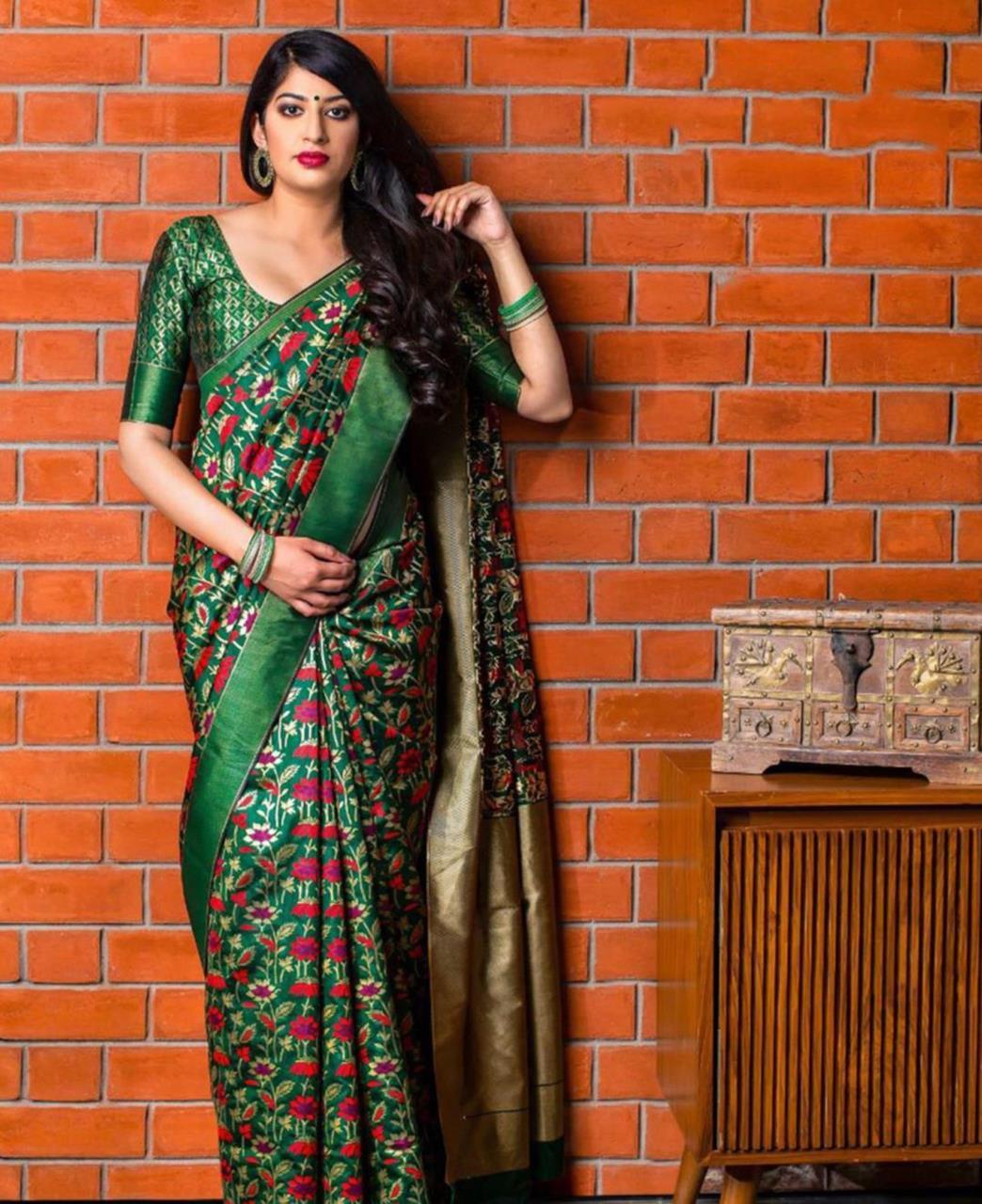 Printed Banarasi Silk Saree (Sari) Green