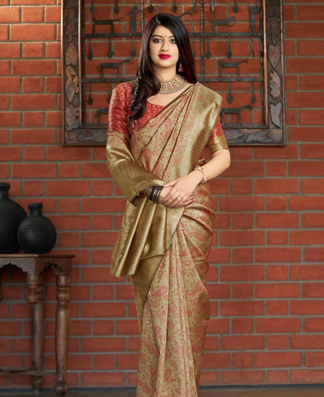 Woven Banarasi Silk Saree in Gold