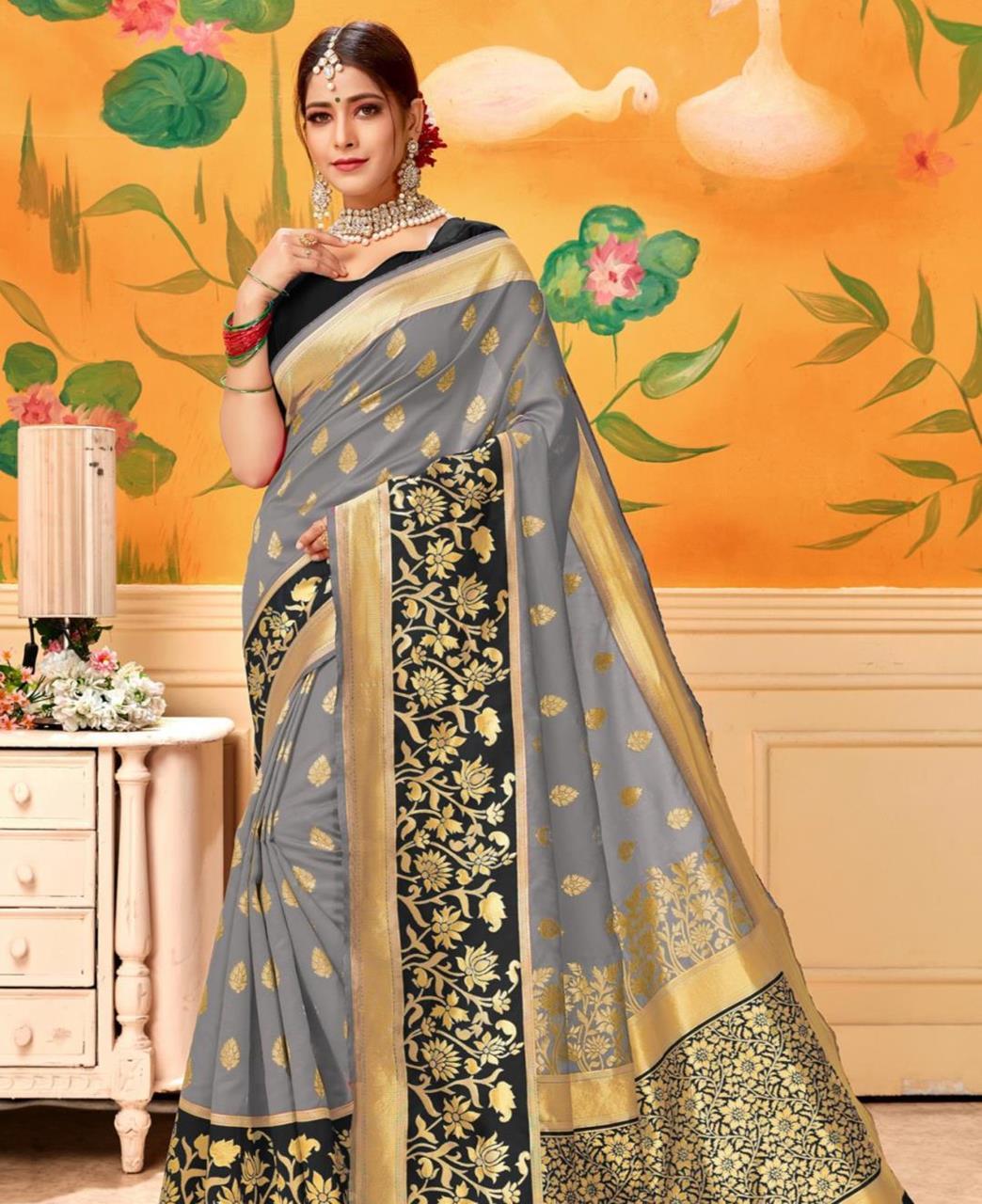 Jacquard Silk Saree in Gray