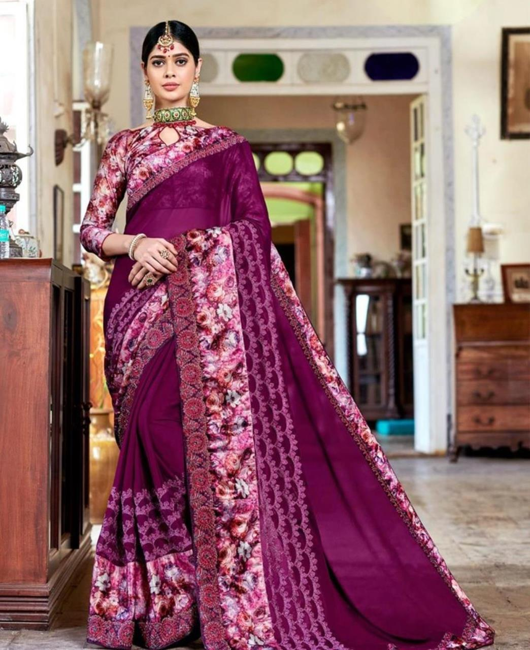 Border Work Georgette Saree (Sari) in Purple