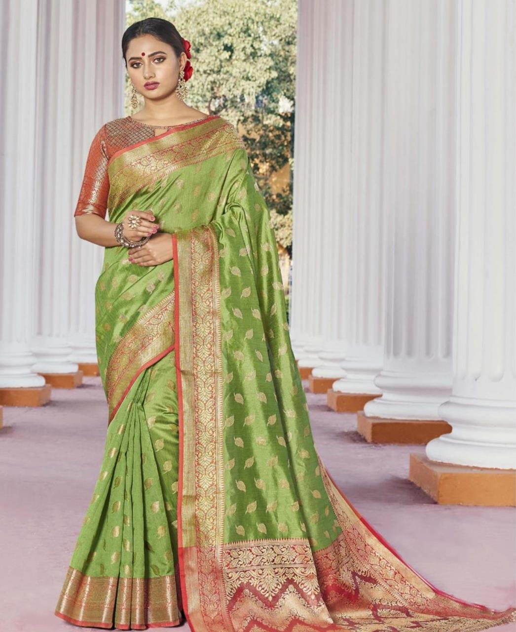 HandWorked Silk Saree in Designer Party Wear H  ,  Loom Silk Saree