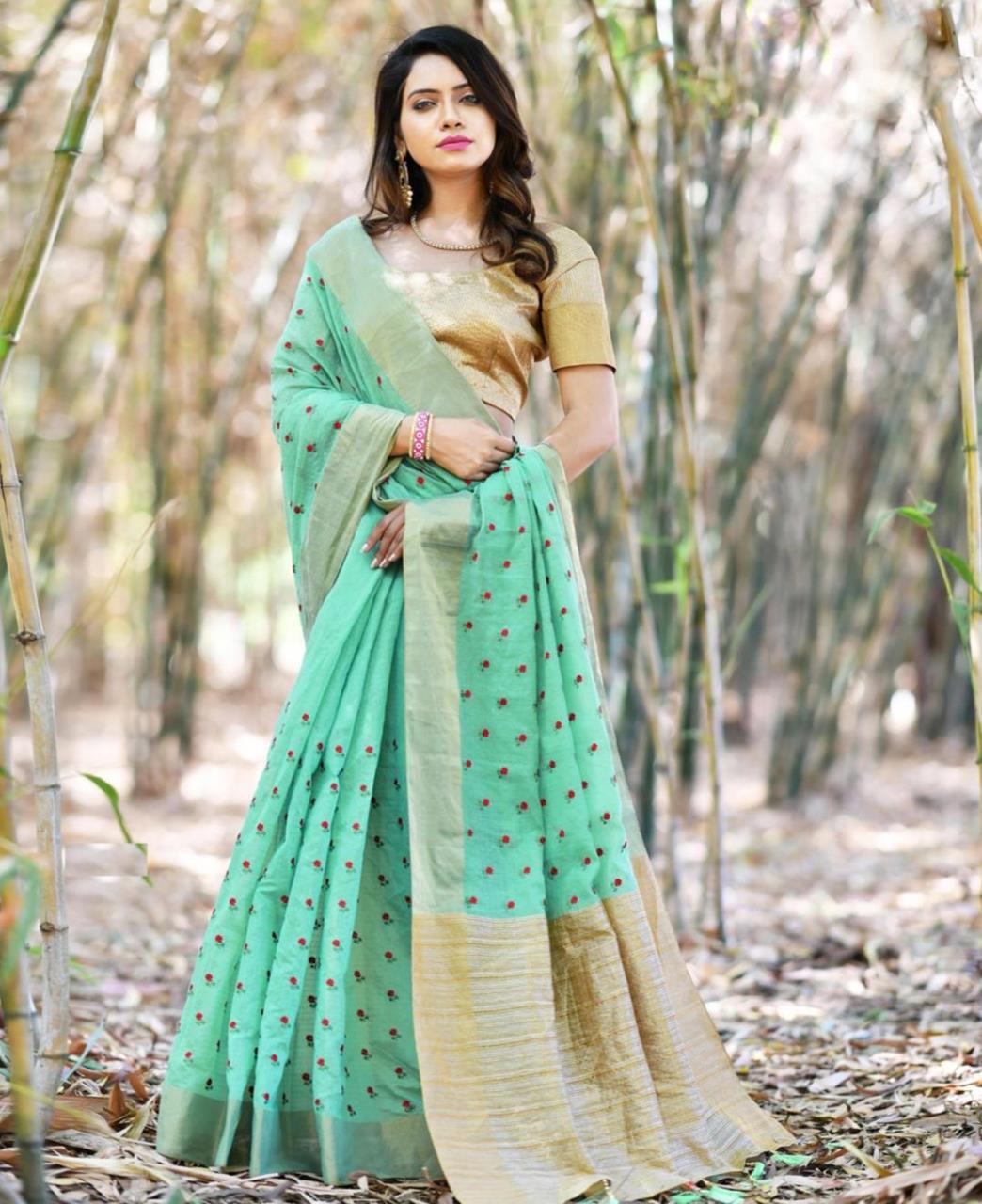 Zari Banarasi Silk Saree (Sari) in MINTCREAM