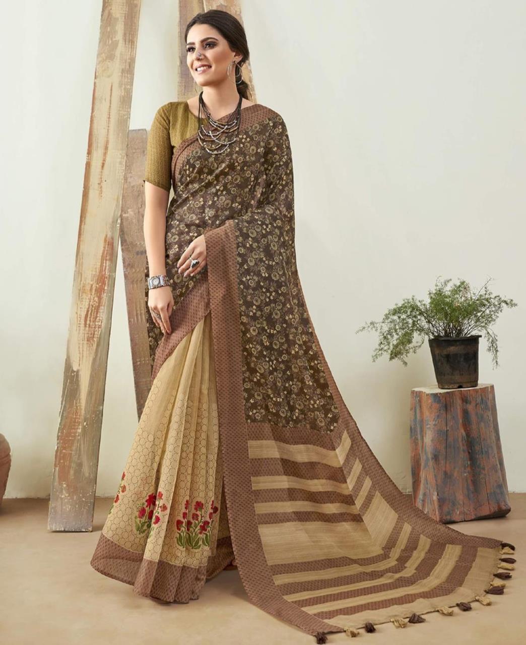 Printed Cotton Saree in Green  ,  Yellow