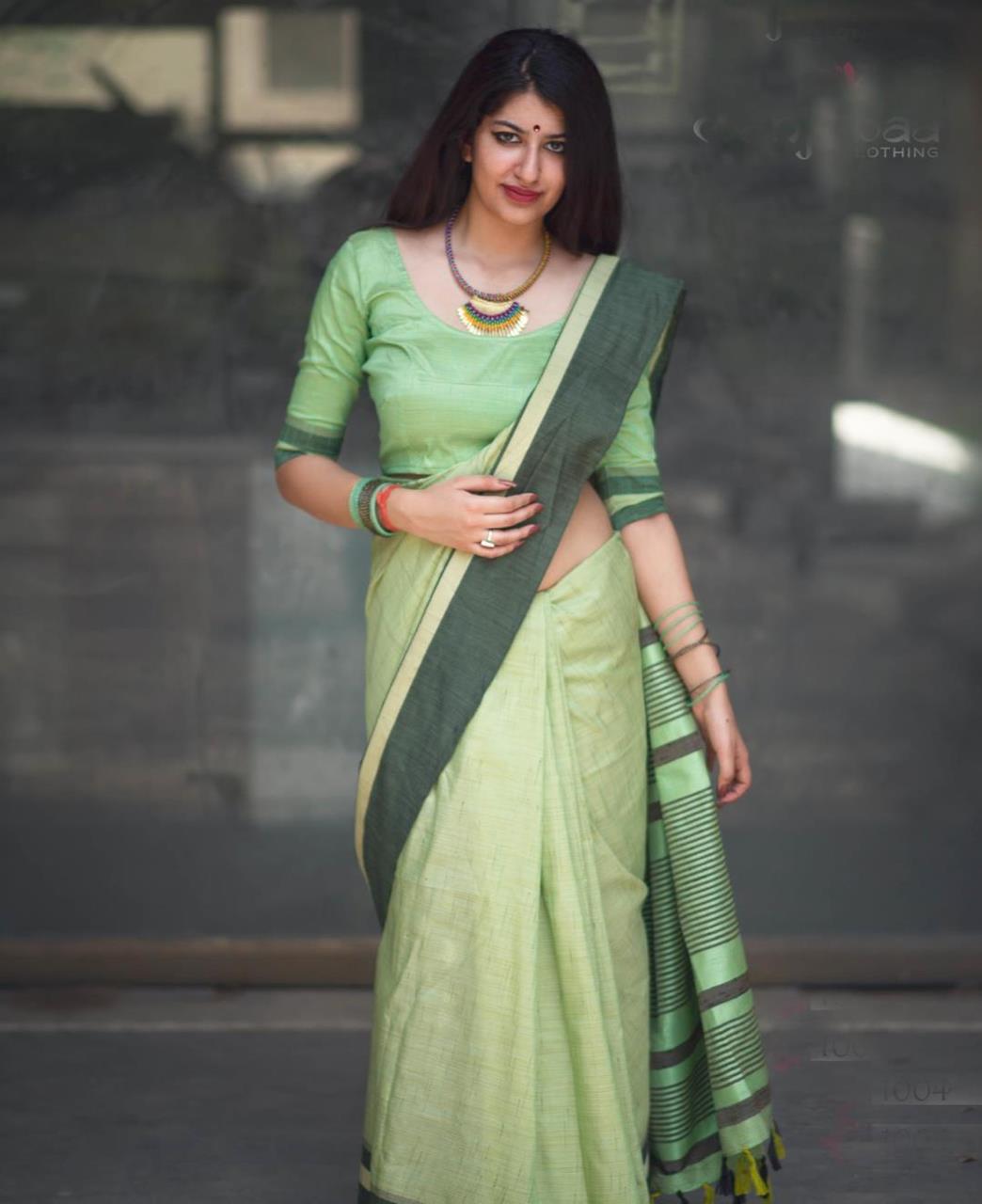 Plain Cotton Saree (Sari) in Green