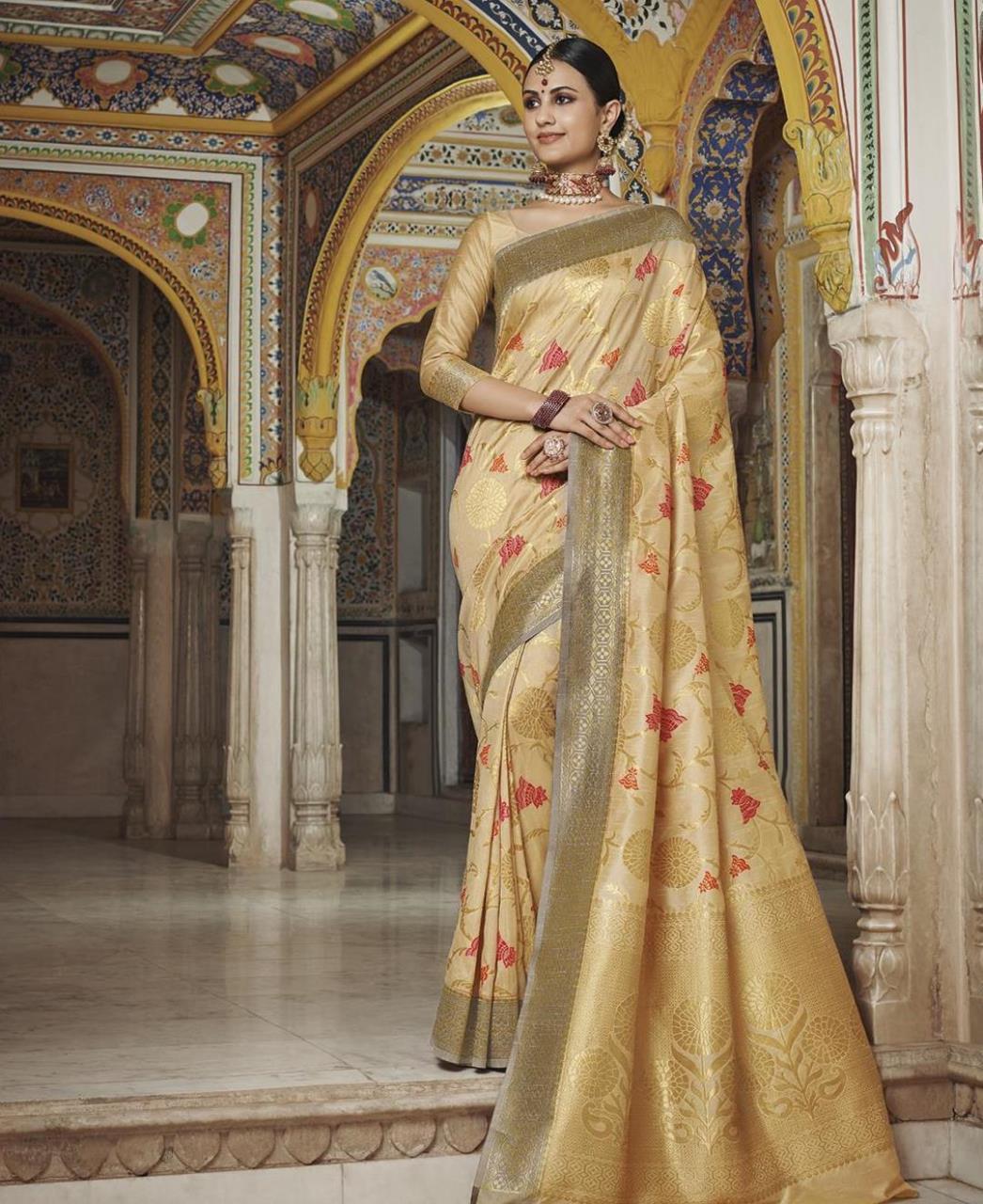 Woven Silk Saree in Gold