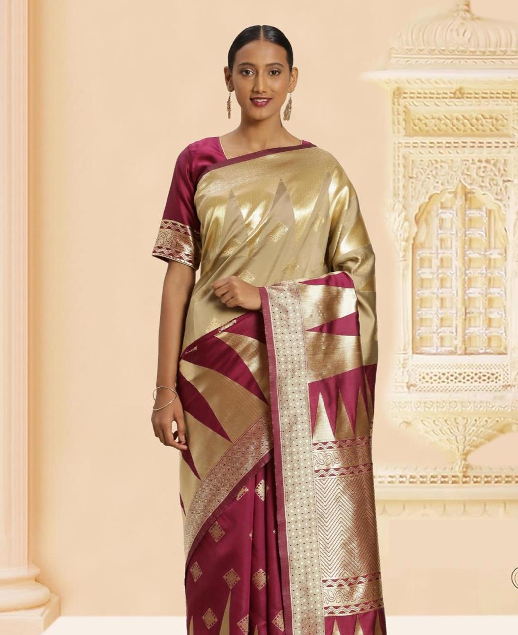 Woven Banarasi Silk Saree in Violet