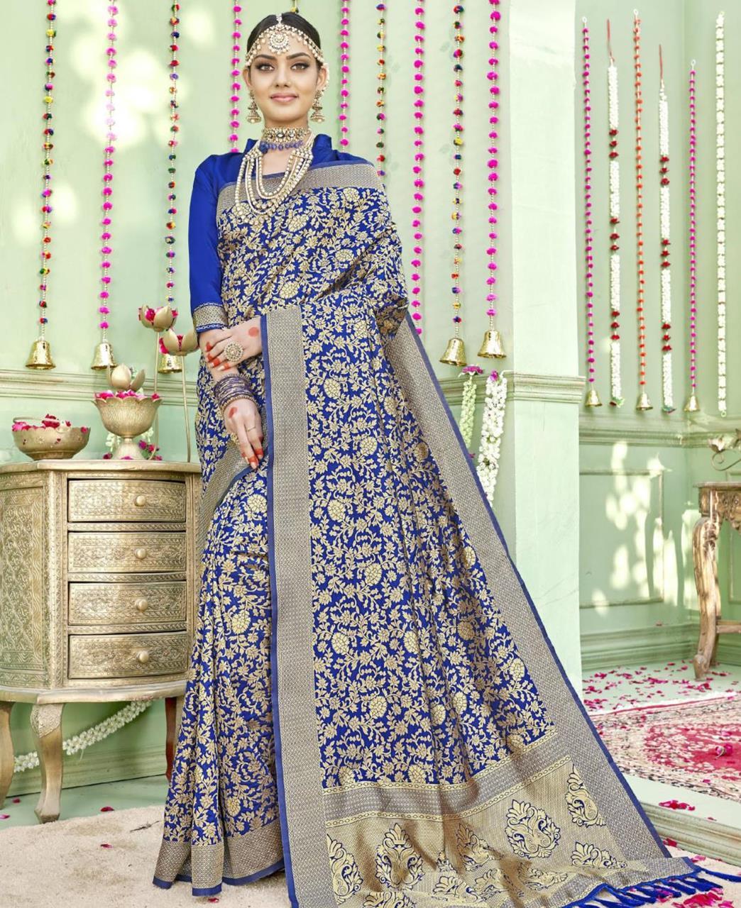 Woven Silk Saree (Sari) in Navyblue
