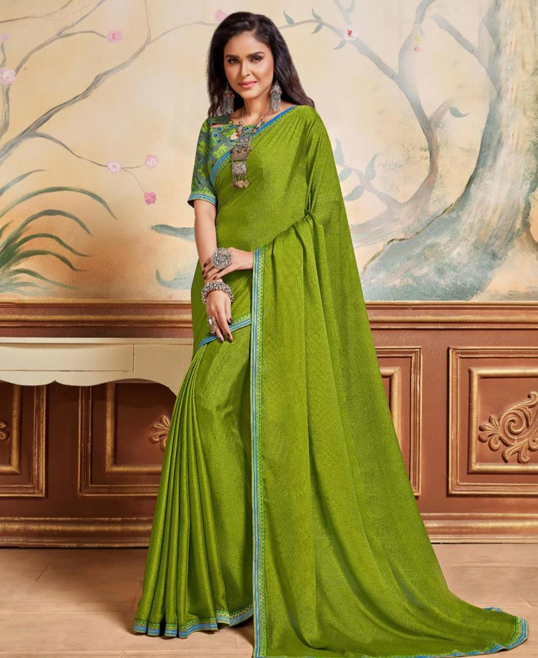 Lace Chiffon Saree in Green