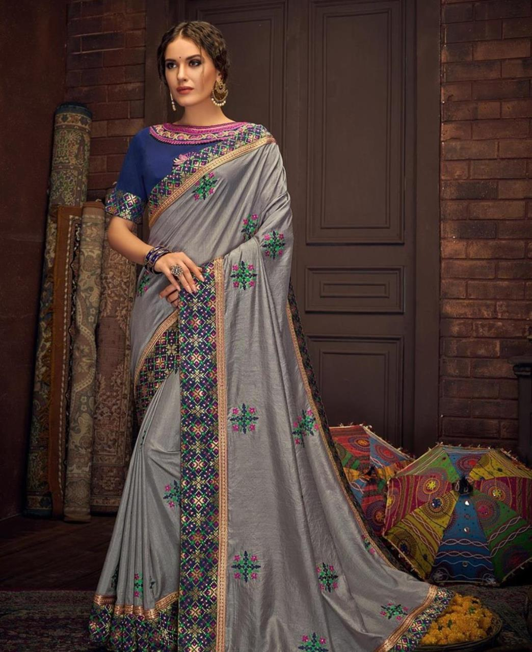 Embroidered Cotton Saree in Gray