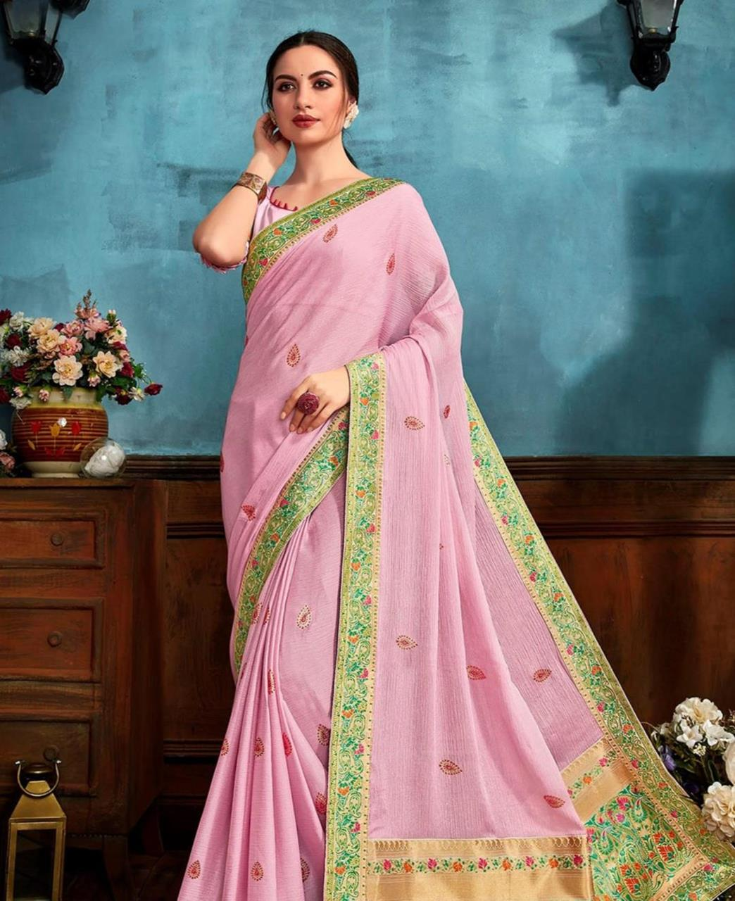 Printed Chiffon Saree in Light Pink