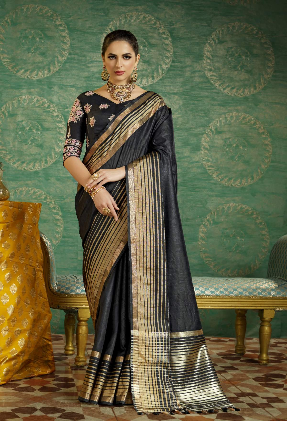 Thread Art Silk Saree in Gray