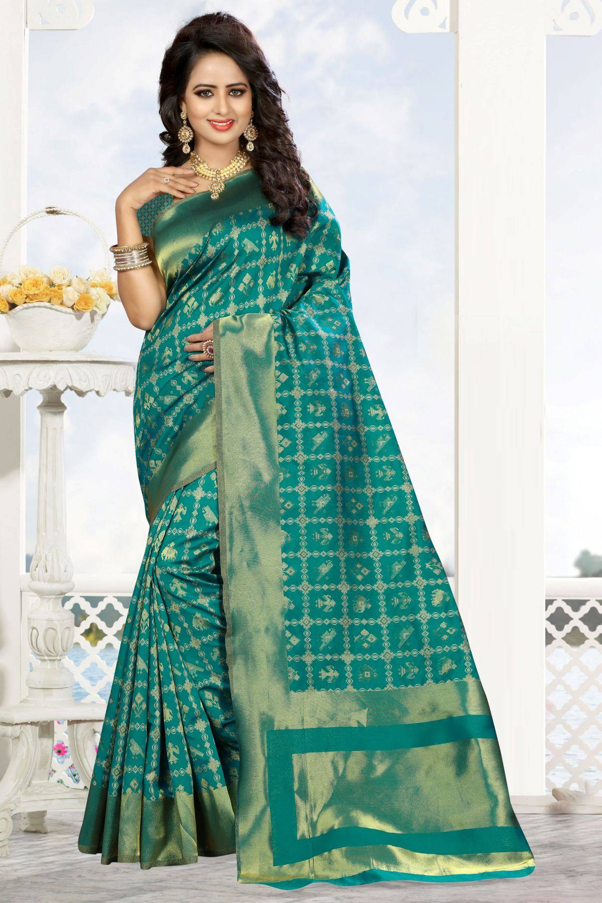 Zari Art Silk Saree (sari) in Green